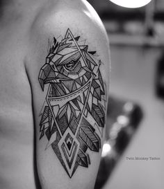 #twinmonkeytattoo #line #geometric #geometrictattoo #tattoo #art  #animal #eagle #birdtattoo