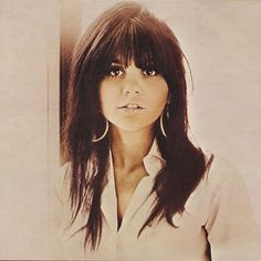 See the latest images for Linda Ronstadt. Listen to Linda Ronstadt tracks for free online and get recommendations on similar music. Linda Ronstadt Different Drum, Women Of Rock, Beautiful Voice, Beautiful People, Beautiful Women, Beautiful Celebrities, Amazing Women, Music Icon, 60s Music