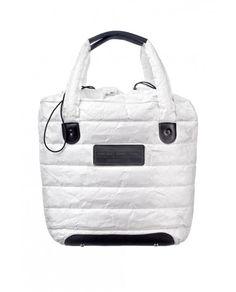 ASPEN BAG MEDIUM made from Tyvek