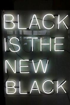 :: Black is Back ::