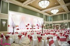 The lamplighter is one of my favorite london, ontario wedding venues - their beautiful skylight atrium Wedding Table Decorations, Diy Centerpieces, Boho Inspiration, Wedding Inspiration, Wedding Ideas, Wedding Venues Ontario, Elegant Bridal Shower, London Photography, Wedding Cards