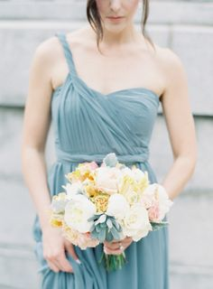 Everything about this look is fabulous: http://www.stylemepretty.com/2015/07/06/elegant-st-louis-wedding/ | Photography: Clary Pfeiffer - http://www.claryphoto.com/