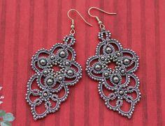 Lace Earrings, Crochet Earrings, Drop Earrings, Needle Tatting, Tatting Lace, Crochet Patterns For Beginners, Knitting Yarn, Knots, Cross Stitch
