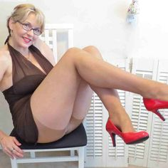 Sunny Leone Bikini Nude