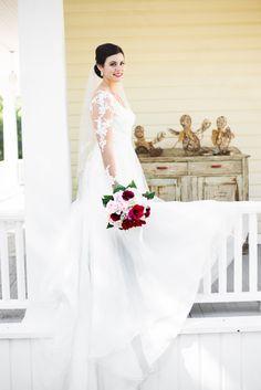 Happy bride #marsala #blushpink #ivory #vintage Marsala, Blush Pink, Ivory, Bride, Wedding Dresses, Happy, Vintage, Fashion, Wedding Bride
