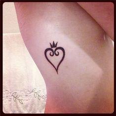 10 Awesome Crown Tattoo Designs Tattoo Tattoos Crown Tattoo