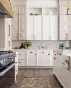 Stunning white kitchen. Click through for details!