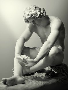 statuemania:      Le désespoirby Jean-Joseph Perraud,1869.  Musée d'Orsay, Paris.    Photo by antonio-m. on Flickr.  http://www.flickr.com/photos/antonio-m/8127591418/in/set-72157628167160169