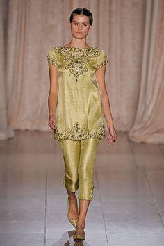 Marchesa New York Fashion Week Spring 2013 Runway Looks - Best Spring 2013 Runway Fashion - Harper's BAZAAR
