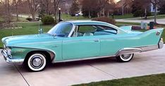 Vintage Trucks Muscle This 1960 Plymouth Fury looks great in its Aqua Mist paint and is powered by Golden Commando 395 which is a 361 cubic inch - Lamborghini Veneno, Ferrari 458, American Classic Cars, Old Classic Cars, American Auto, Muscle Cars, Cadillac, Plymouth Cars, 1960s Cars