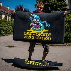 skater man - extraordinary mat. Design: stp-skate association