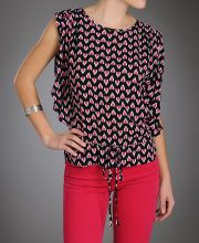 Loving our new #SkiesareBlue cold shoulder top and bright #denim!! It is a #MustHave