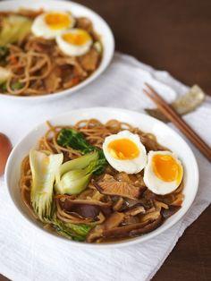 Vegetarian Ramen Noodle Soup
