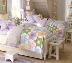Lively quilt with pretty spring-time colors