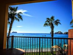 Ocean Front views will definitely give you that you´re looking for! Have a lovely weekend everybody & don´t forget to join us soon! Have A Lovely Weekend, Resort Spa, Beach Resorts, Forget, Villa, Join, Ocean, Water, Outdoor