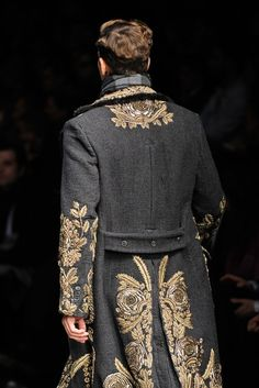 Dolce & Gabbana Fall 2012 Menswear Fashion Show Look Fashion, Runway Fashion, High Fashion, Fashion Show, Mens Fashion, Fashion Design, Dolce & Gabbana, Mode Steampunk, Der Gentleman
