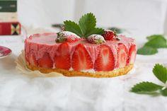 Strawberry Yoghurt Cheesecake