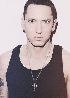 Existe um cara mais perfeito do que tu Eminem!?