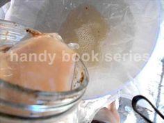 "Homemade apple vinegar - preparation - ""mother of vinegar"" Apple Cider Vinegar, Apple Recipes, Homemade, Food, Apple Vinegar, Home Made, Essen, Meals, Yemek"