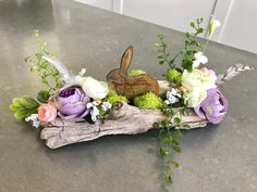 Easter decorating Your place to buy and sell all things handmade Outside Halloween Decorations, Driftwood Wreath, Woodland Decor, Easter Traditions, Deco Floral, Boho Baby, Easter Wreaths, Spring Crafts, Easter Crafts