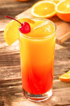 The Tequila Sunrise is a classic orange juice based cocktail. It gets its name from the visual effect of the grenadine dropping to the bottom, then slowly rising to give the drink a layered look. Drinks With Grenadine, Orange Juice Cocktails, Tequila Mixed Drinks, Liquor Drinks, Cocktail Drinks, Alcoholic Drinks, Bbq Drinks, Cocktail Recipes, Beverage