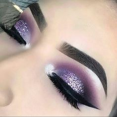 50 Gorgeous Purple Smoke Eye Makeups For Party And Holiday Season - Page 26 of 50 - - Make up - Smoke Eye Makeup, Prom Eye Makeup, Dramatic Eye Makeup, Eye Makeup Art, Colorful Eye Makeup, Makeup For Green Eyes, Blue Eye Makeup, Party Makeup, Eyeshadow Makeup