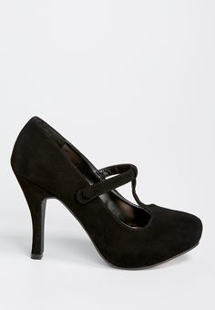 patricia pump with t