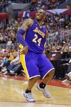 Kobe gets funky (April 7, 2013 | Los Angeles Lakers @ Los Angeles Clippers | Staples Center in Los Angeles, California)