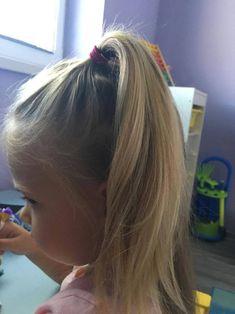 Keď má Vaša dcéra 3 roky, pohodlný účes sa stáva samozrejmosťou. Detské účesy s jednoduchým tvarom by mali vydržať aj pri najväčších detských nezbednostiach. Aj keď nie vždy je to tak. :) Prinášam… Long Hair Styles, Beauty, Long Hairstyle, Long Haircuts, Long Hair Cuts, Beauty Illustration, Long Hairstyles, Long Hair Dos