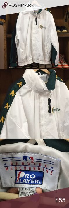 Vintage Oakland Athletics Jacket super cool jacket. small flaw shown on back. size xl. starter for exposure STARTER Jackets & Coats Windbreakers