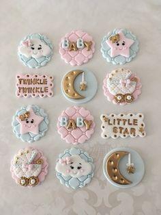 Twinkle Twinkle Little Star Fondant Cupcake Topper. Moon and Star Topper. - Twinkle Twinkle Little Star Fondant Cupcake Topper. Moon and Star Topper. Fondant Baby, Fondant Cupcakes, Star Cupcakes, Baby Shower Cupcake Toppers, Fondant Cupcake Toppers, Baby Shower Cookies, Baby Cookies, Ladybug Cupcakes, Kitty Cupcakes