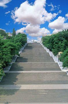 Potemkin Stairs, Odessa, Ukraine ✯ ωнιмѕу ѕαη∂у