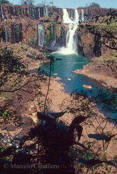JULIO DE 2006  Cataratas del Iguazú sin agua por sequía!