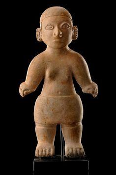 Standing female hollow figure, Ecuador, La Tolita   light beige clay    Read more: http://www.tribal-art-auktion.de/en/catalogue164/d100_101/#ixzz3FazIUPuS