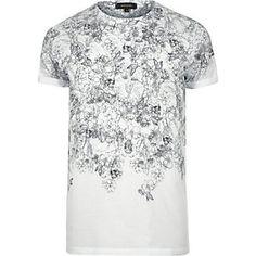 White illustrative skull print t-shirt