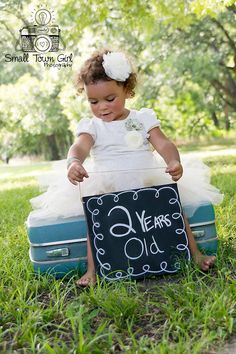 Kid - child photography - 2 year old photo shoot - vintage - outdoor session - Nikon d5300 - family