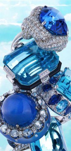♔ All Things Rings beauty bling jewelry fashion John Hardy, Fashion Moda, Blue Fashion, Love Blue, Blue And White, Dark Blue, Swarovski, Bleu Indigo, Mode Glamour