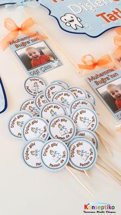 #konseptiko #kişiyeözel #dogumgunu #birthday #hediyelik #dogumgunuhediyelik #hediyelik #kürdan #kürdansüs #kürdanetiket #dişbuğdayı #dişpartisi Tatting, Playing Cards, Banner, Banner Stands, Bobbin Lace, Playing Card Games, Needle Tatting, Banners, Game Cards