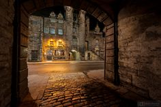 Tolbooth Tavern, Canongate.