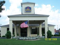 BEST WESTERN Inn & Suites - Monroe: Comfortable and Clean Stay - See 198 traveler reviews, 32 candid photos, and great deals for BEST WESTERN Inn & Suites - Monroe at TripAdvisor.