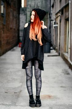 """Style Blogger Luanna from """"le-happy"""" (www.le-happy.com) wearing Poprageous """"chainmail legz""""."""