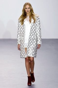 Romee Strijd for Issa - Spring/Summer 2016 - London Fashion Week.