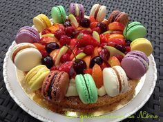 tarte macarons, tarte avec sablé breton, creme patissiere allégée, afire une tarte avec des macarons