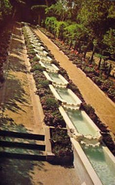 My Love Of Old Hollywood: Hollywood at Home: Harold Lloyd's Greenacres Estate Water Architecture, Architecture Details, Turner Classic Movies, Classic Films, Classic Hollywood, Old Hollywood, Harold Lloyd, Hollywood Homes, Silent Film Stars