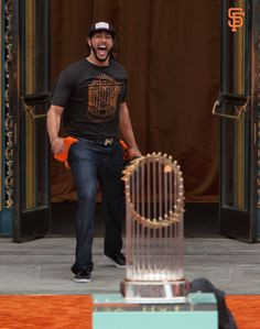 This pic is all kinds of funny. Michael Morse at the SF Giants parade, All that is missing here is the smoke machine, strobe lights, and some Motorhead music for his intro to the crowd. Hector Sanchez, Michael Morse, 2014 World Series, San Francisco Giants Baseball, The Sporting Life, Dodgers Fan, My Giants, Baseball Season, Sporty Girls
