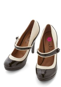 'S Marvelous Heel. We think you'll find these 30s-inspired two-tone heels awful nice to behold and paradise to wear!