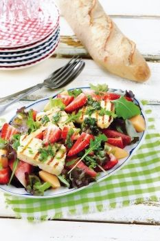Meloni-halloumi-mansikkasalaatti Salad Recipes, Healthy Recipes, Some Recipe, Yams, Summer Recipes, Ramadan, Food Inspiration, Side Dishes, Salads