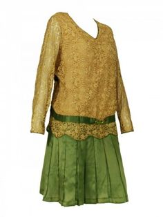 Crafted from gold lace and silk 1920's