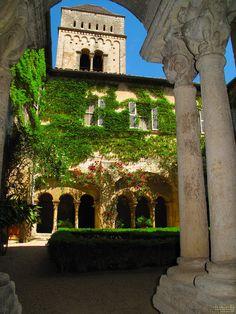 FRA St.Remy-de-Provence Cloitre St.Paul-de-Mausole (Van-Gogh) by KWOT