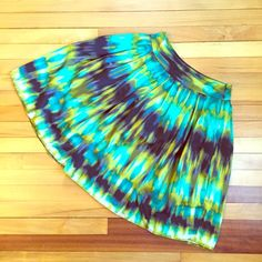 "Tie Dye Print Skirt You will love the feel of this great skirt by Worthington. Featuring a side Zipper, the skirt is fully lined and in EUC. Waist measures 14.5 inches laying flat- length is 23"". Worthington Skirts"